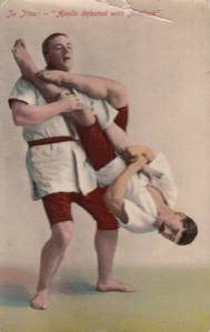 Jiu jitsu teacher Yukio Tani demonstrates an armbar on professional strongman William Bankier, circa 1906. This technique is not that much different from the one we learn today.